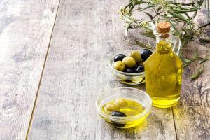 Gesunde Ernährung mit Olivenöl